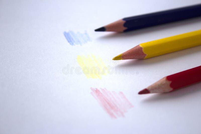 Kulöra blyertspennateckningar royaltyfri fotografi