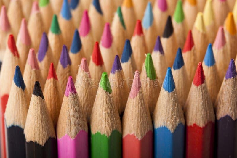 kulöra blyertspennor för abstrakt begrepp fotografering för bildbyråer