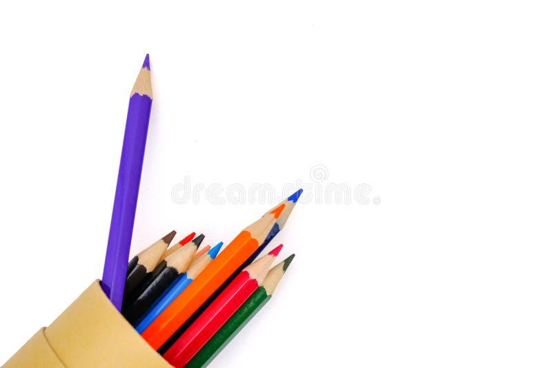 kulöra blyertspennor i grupp arkivbilder