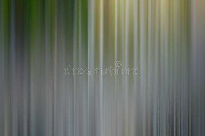 Kulöra suddiga linjer för stål i vertikal riktning arkivbild