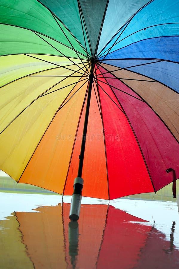 kulört mång- paraply royaltyfri fotografi
