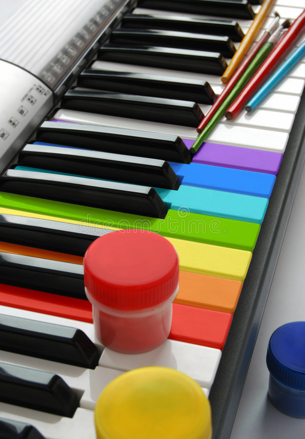 kulört mång- piano royaltyfria foton