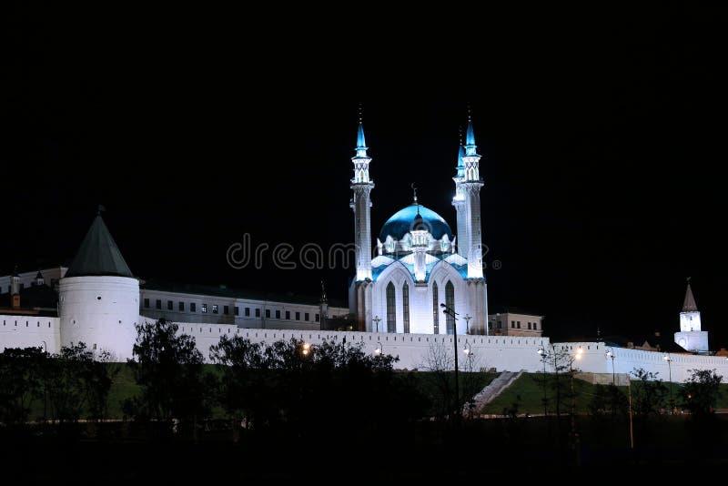Kul-Sharif meczet w Kazan Kremlin przy nocą obraz royalty free