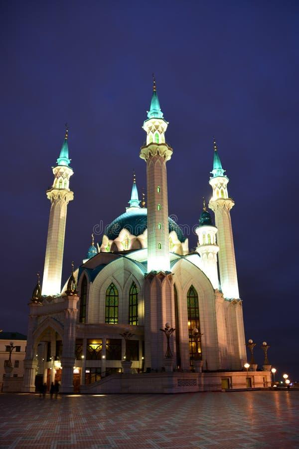 Kul sharif moskee in kazan het Kremlin bij nacht kazan Rusland stock afbeelding