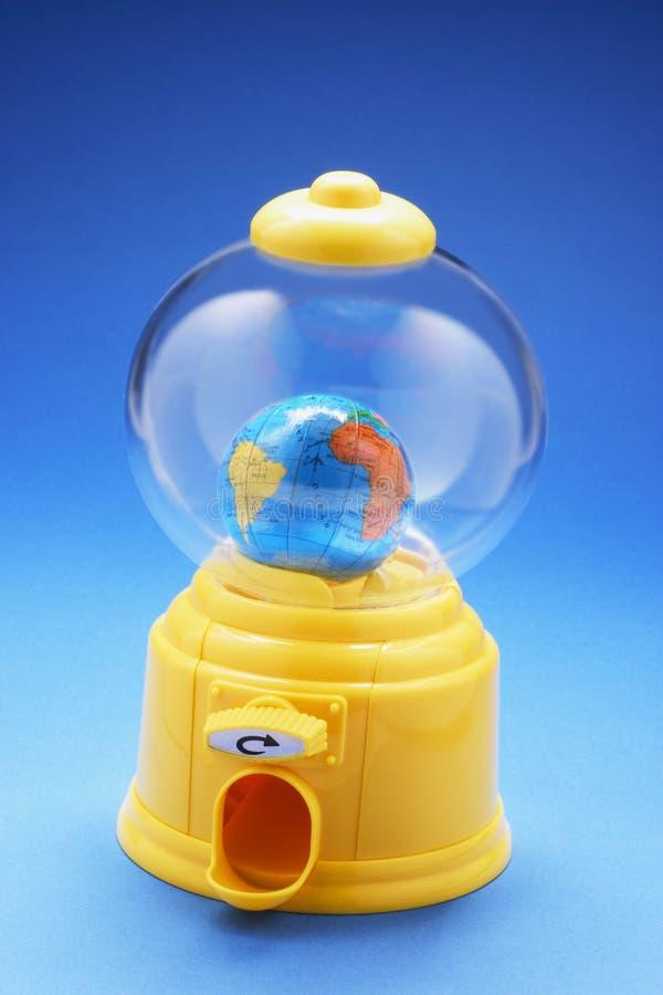 Kula ziemska w Bubblegum maszynie fotografia stock
