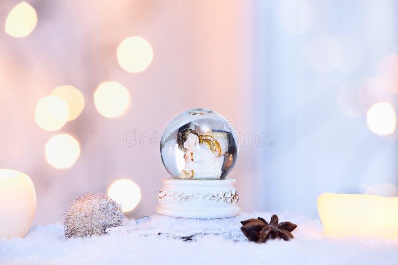 kuli ziemskiej ilustracja odizolowywał wektorowego śniegu biel zdjęcie stock