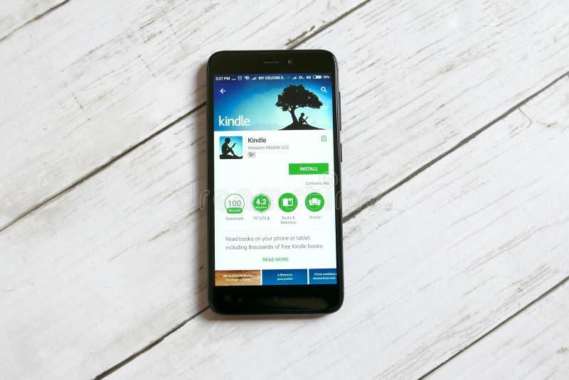 KULIM, ΜΑΛΑΙΣΊΑ - 11 ΑΠΡΙΛΊΟΥ 2018: Ανάψτε την εφαρμογή σε ένα αρρενωπό κατάστημα παιχνιδιού Google στοκ εικόνες