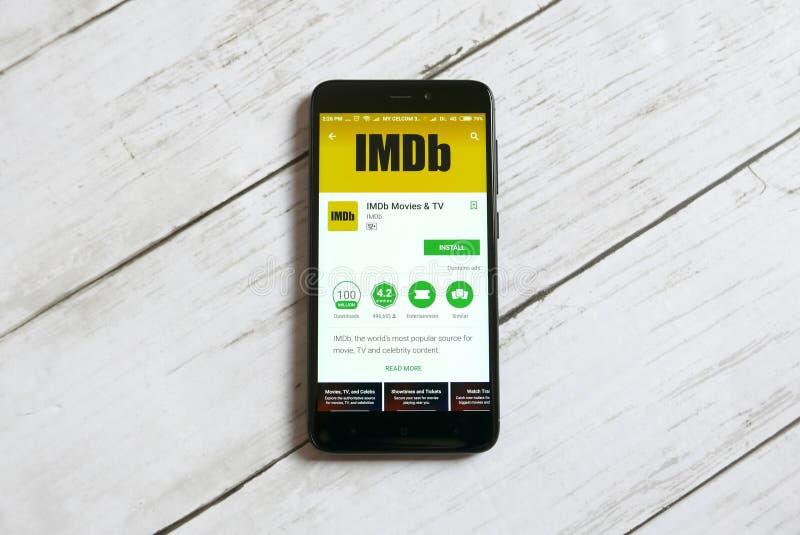 KULIM, MALAISIE - 11 AVRIL 2018 : Application d'IMDb sur un magasin de jeu de Google d'androïde photos stock