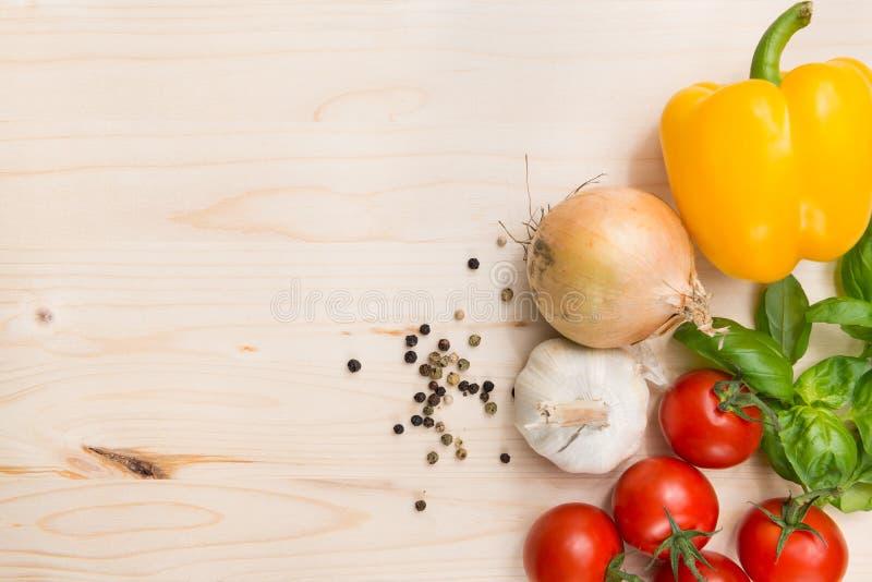 Kulinarischer Nahrungsmittelhintergrund stockbilder