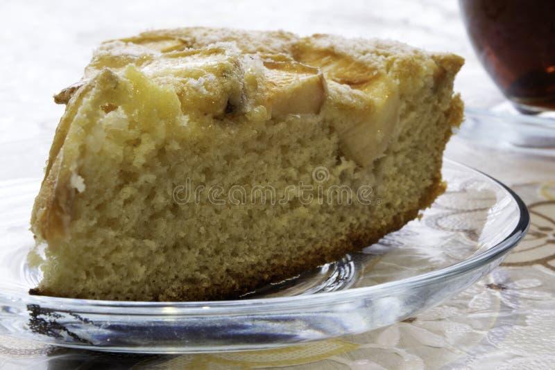 Kulinarny gąbka tort z jabłkami, Charlotte obraz stock