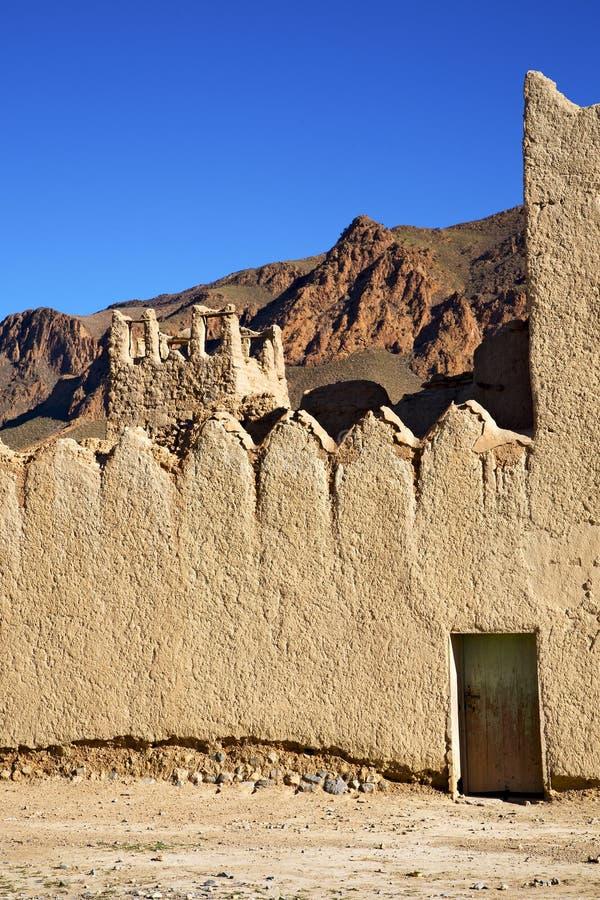 kulle africa i den gamla och historiska bytegelstenwaen arkivfoton