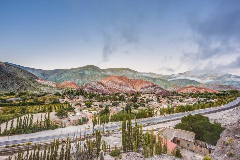 Kulle av sju färger i Jujuy, Argentina. royaltyfri bild