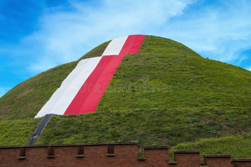 Kulle för KoÅ› ciuszko, Krakow, Polen royaltyfria bilder