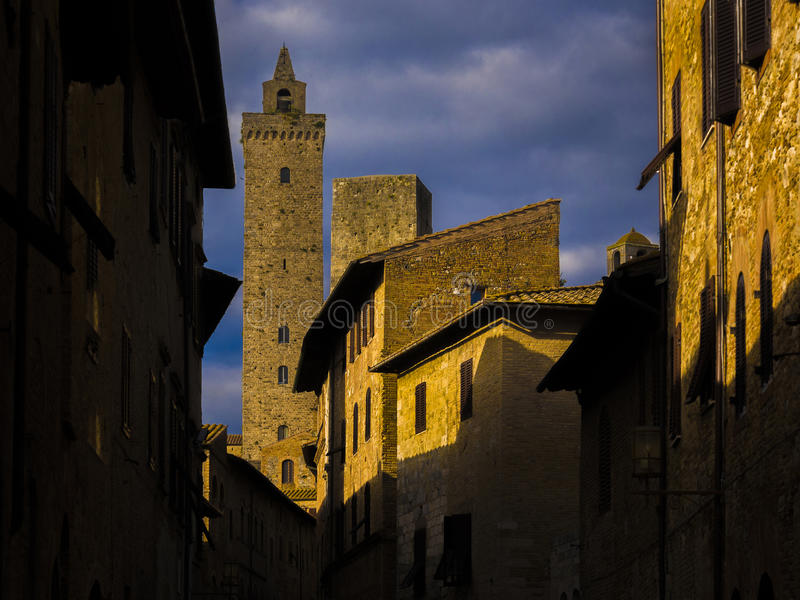 Kulleby i Tuscany arkivbild