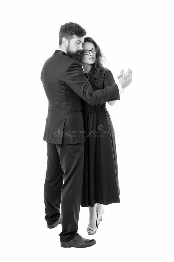 Kulturalna rozrywka Para w mi?o?? romantycznym tanu Romantyczna wiecz?r data z tanami Dancingowa muzyka Para formalna fotografia royalty free