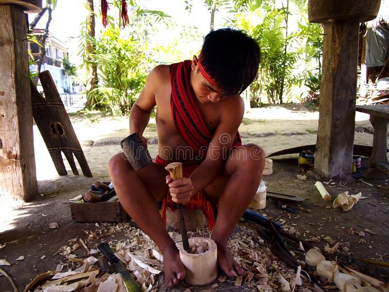 Kulturalni przedstawienie wykonawcy wśrodku Nayong Pilipino przy Clark polem w Mabalacat, Pampanga fotografia royalty free