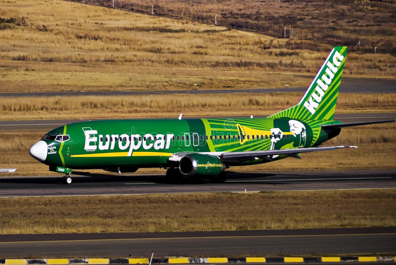 Download Kulula Airways - Boeing 737-4S3 - ZS-OAO - Takeoff Editorial Image - Image of jetsetting, tail: 40736750