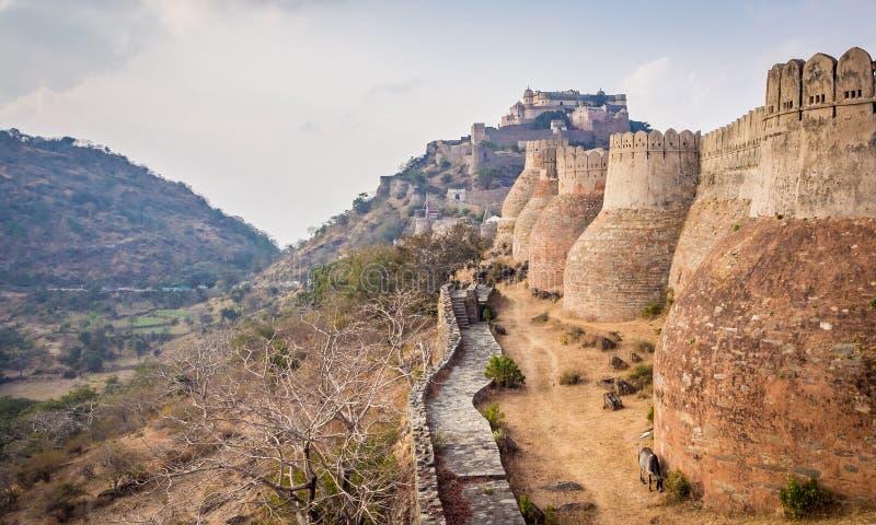 Kumbhalgarh fort i Rajasthan arkivbild