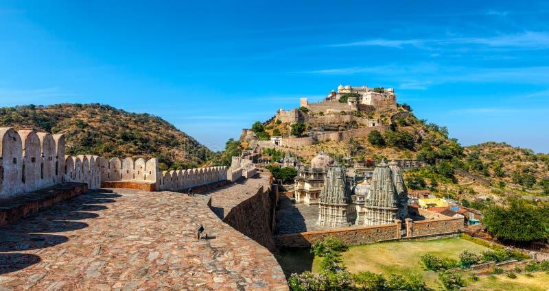 Kumbhalgarh fort, Rajasthan, Indien arkivfoton