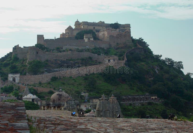 Kumbhalgarh fort, Rajasthan, Indien royaltyfria foton