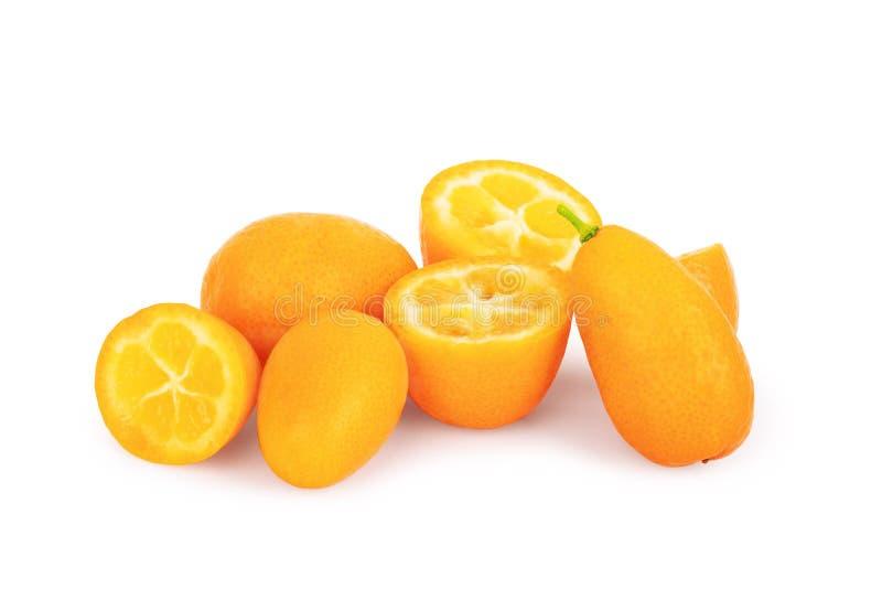 Kumquat isolado no fundo branco foto de stock