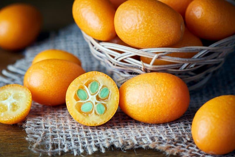 Kumquats eller Cumquats royaltyfria bilder