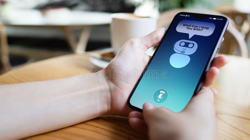 Kund- och chatbotdialog på smartphoneskärmen ai Teknologibegrepp för konstgjord intelligens och serviceautomation royaltyfri bild