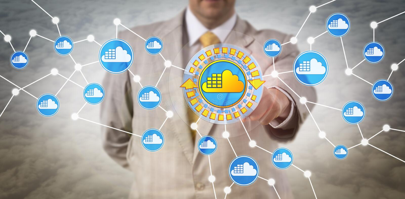 IT-Kunde, der Wolken-Behälter-Architektur annimmt stockbilder