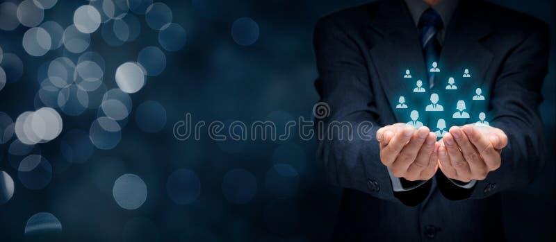 Kunden eller anställda att bry sig begrepp royaltyfria foton