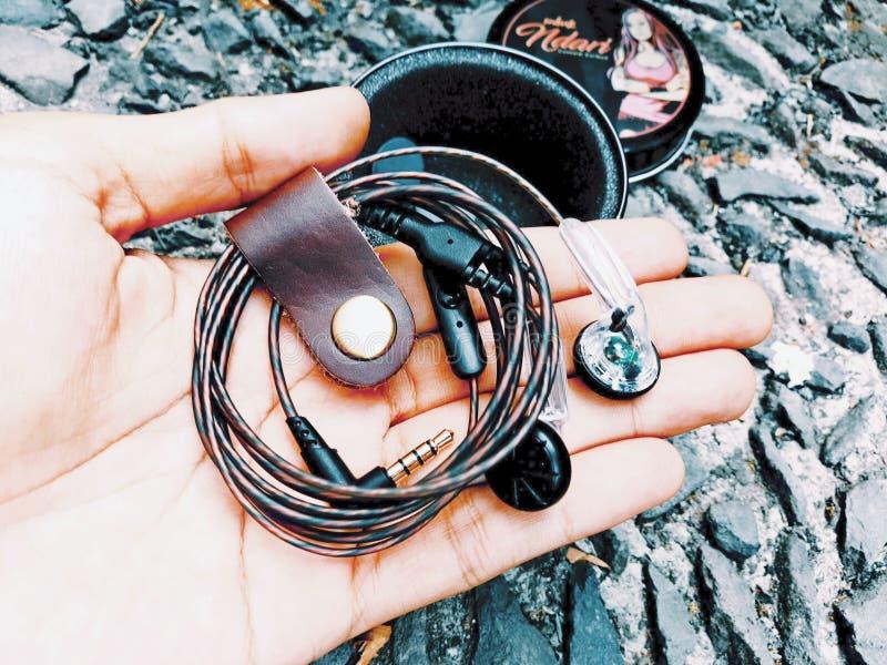 Kundenspezifisches Earbuds DIY stockbilder
