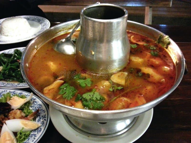 Kung tailandés de tom de la comida yum imagen de archivo
