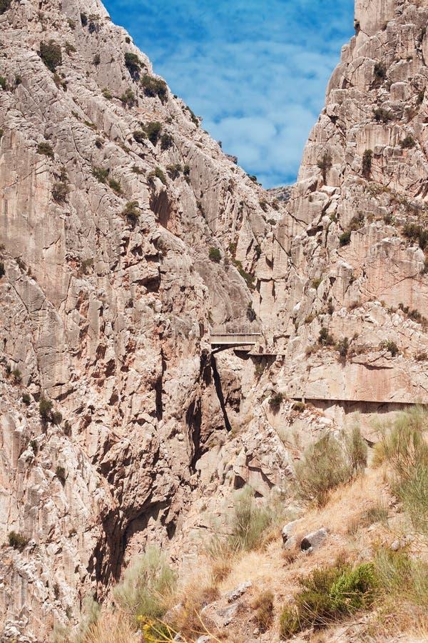 Kunglig slinga (El Caminito del Rey) i klyftan Chorro, Malaga provin royaltyfria foton