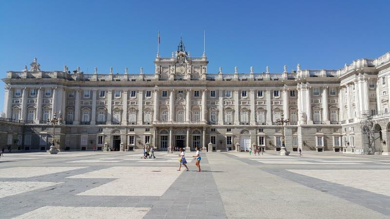 Kunglig slott av Madrid royaltyfria foton