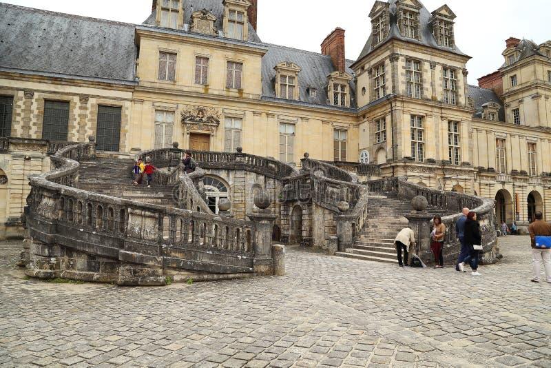 Kunglig uppehållFontainebleau slott arkivfoto