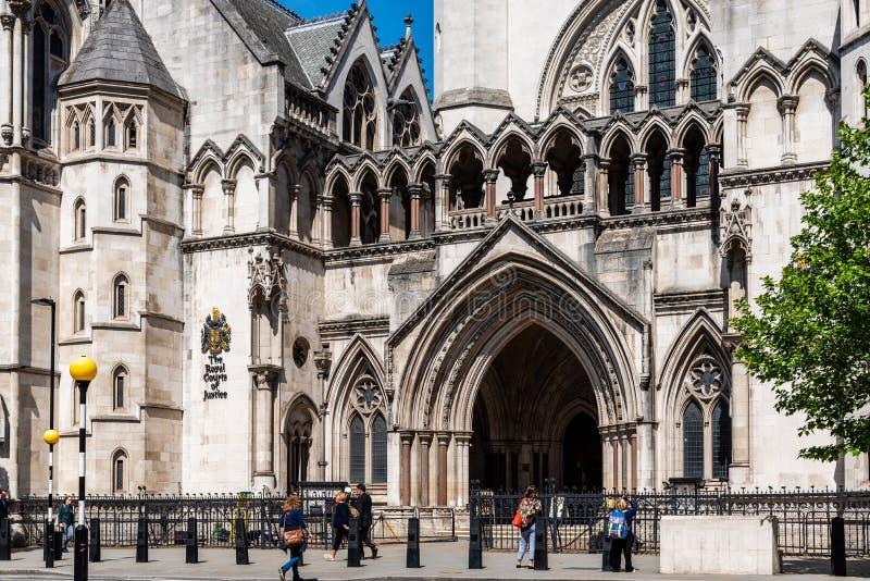 Kungliga domstolar som bygger i London fotografering för bildbyråer