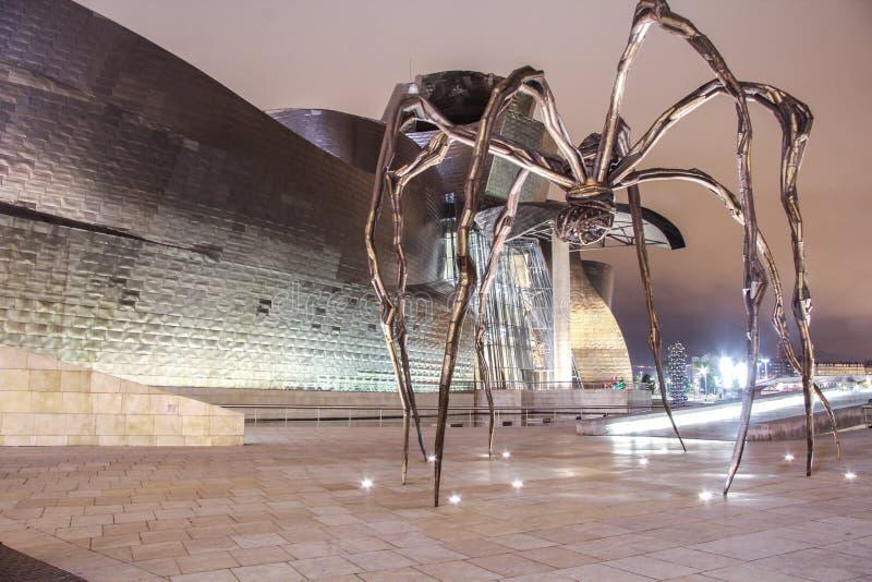 Kunst bij Guggenheim-Museum - Bilbao stock foto's
