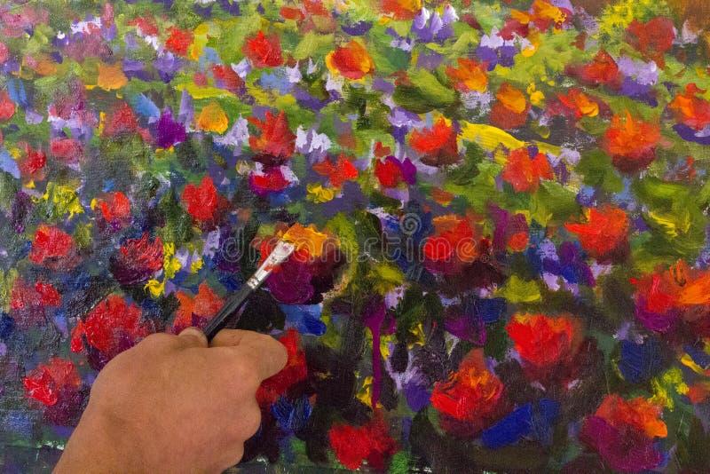 Kunst creatief proces De kunstenaar creeert het schilderen Italiaans de zomerplatteland toscanië Gebied van rode papavers, een ge stock afbeelding