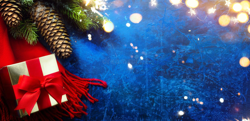 Kunst Frohe und helle Weihnachten und Glück Neues Jahr Gruß Karte Feiertage zurück mit Weihnachten Bäume Dekorationen und Weihnac stockfotos