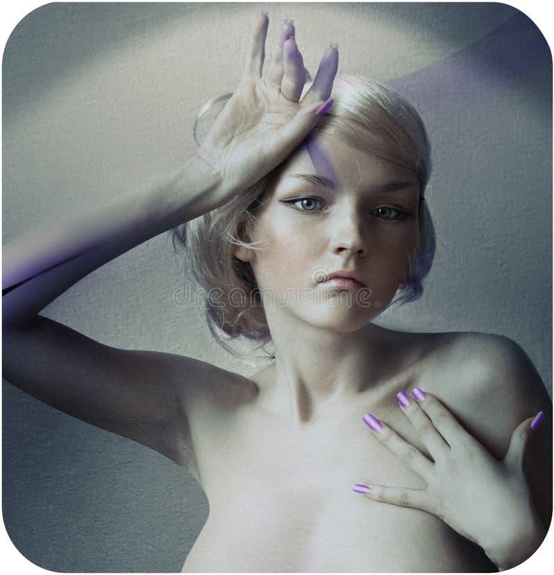 Kunst-portret van een mooi vrouwelijk model stock foto