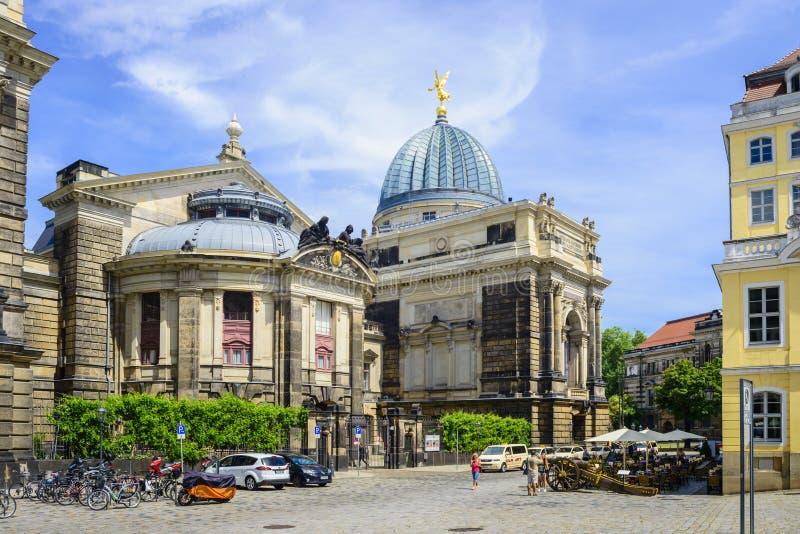 Download Kunstakademie En Neumarkt Dresden Imagen de archivo editorial - Imagen de estacionamiento, turismo: 64200479