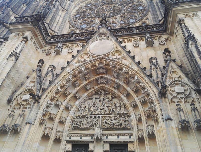 Kunstdetail van Oude gothical kathedraal van Heilige Vitus in het kasteel van Praag royalty-vrije stock fotografie