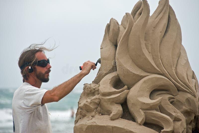 Kunstenaar die door het overzees werkt stock foto's