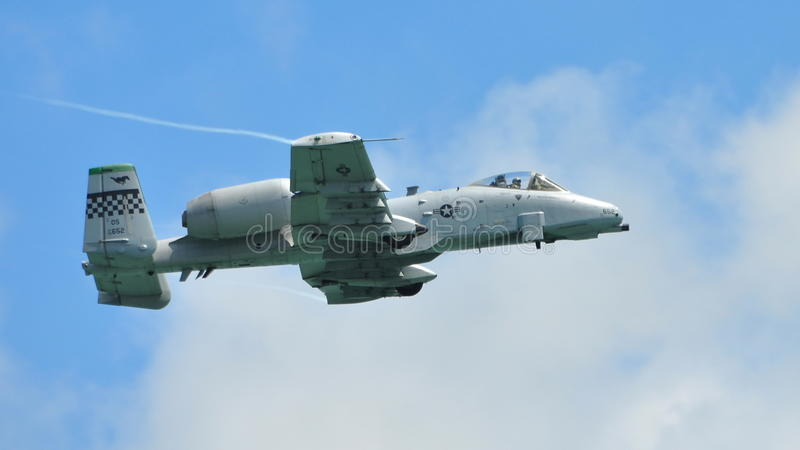 Kunstfliegen zeigen durch A-10 Thunderbolt II an lizenzfreie stockbilder