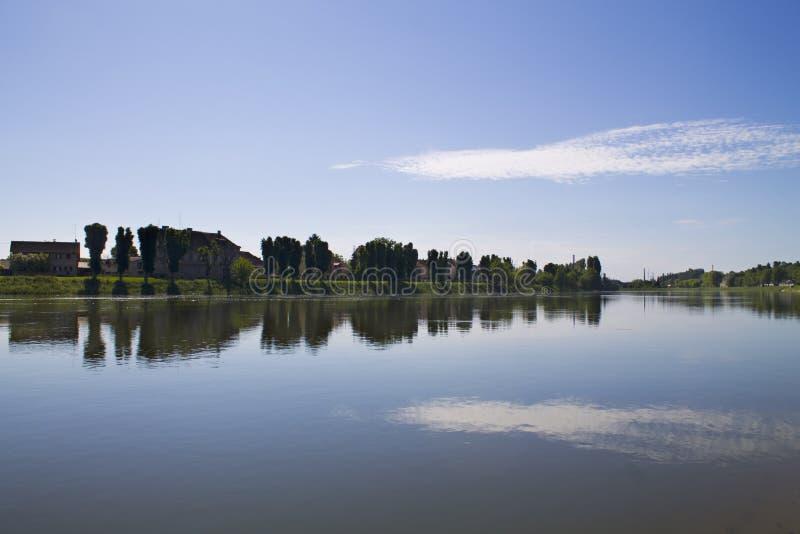 Kupa de rivière images libres de droits