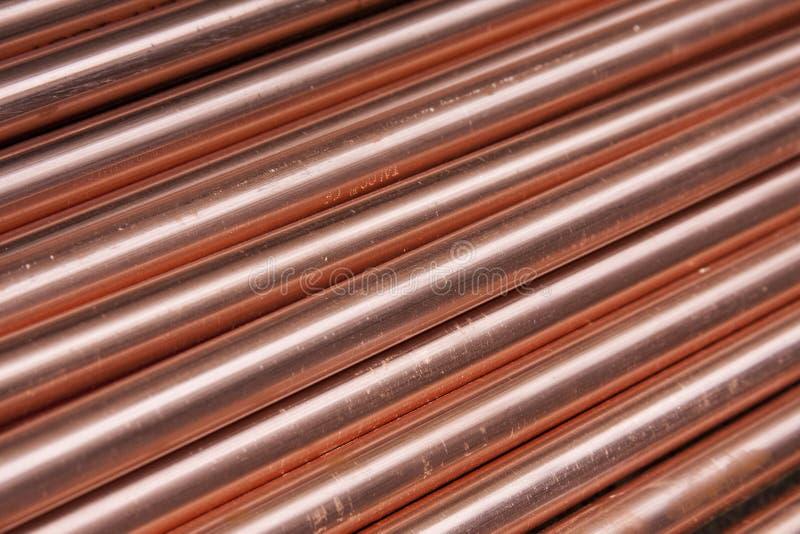 Kupferne Rohre stockfotos