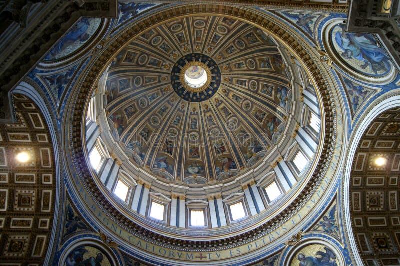Kupol av basilikan för St Peter ` s fotografering för bildbyråer