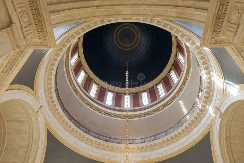 Kupol av byggnad för West Virginia tillståndsCapitol royaltyfria bilder