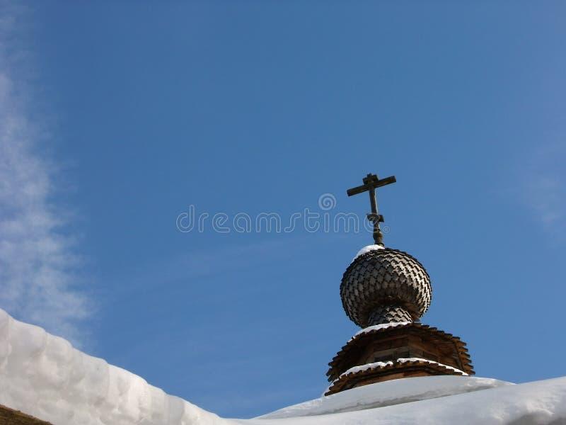 Kupol av kyrkan i Kaluga område arkivfoto