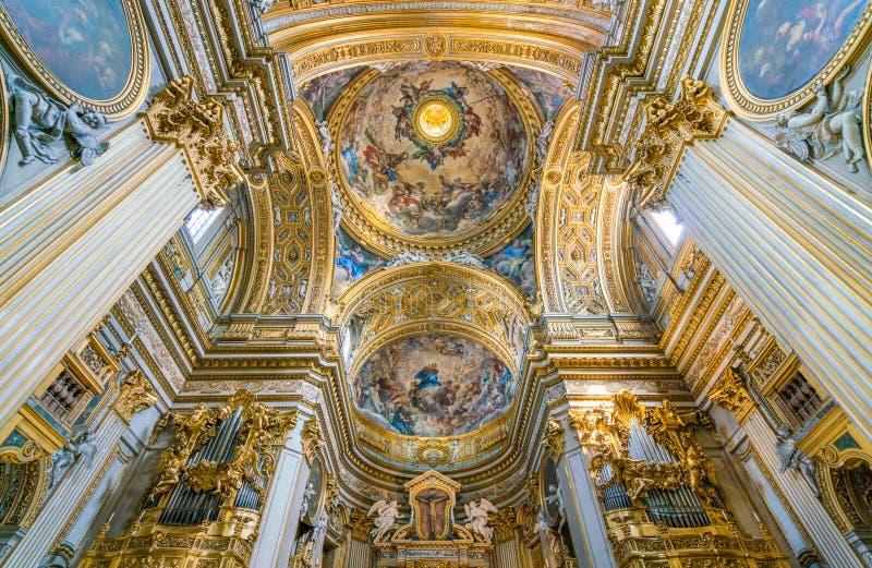 Kupolen av kyrkan av Santa Maria i Vallicella eller Chiesa Nuova, i Rome, Italien royaltyfri foto