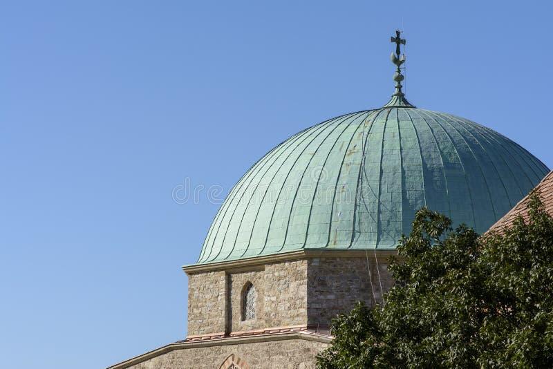 Kupolen av moskén royaltyfri foto